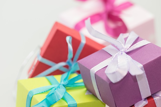 Effective Marketing for Heart Centered Entrepreneurs: It's all about Gift Giving thumbnail